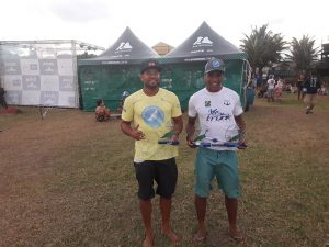 Os atletas Felipe Rogério e Ademir Ventura têm o apoio do Projeto Golfinho Rotador